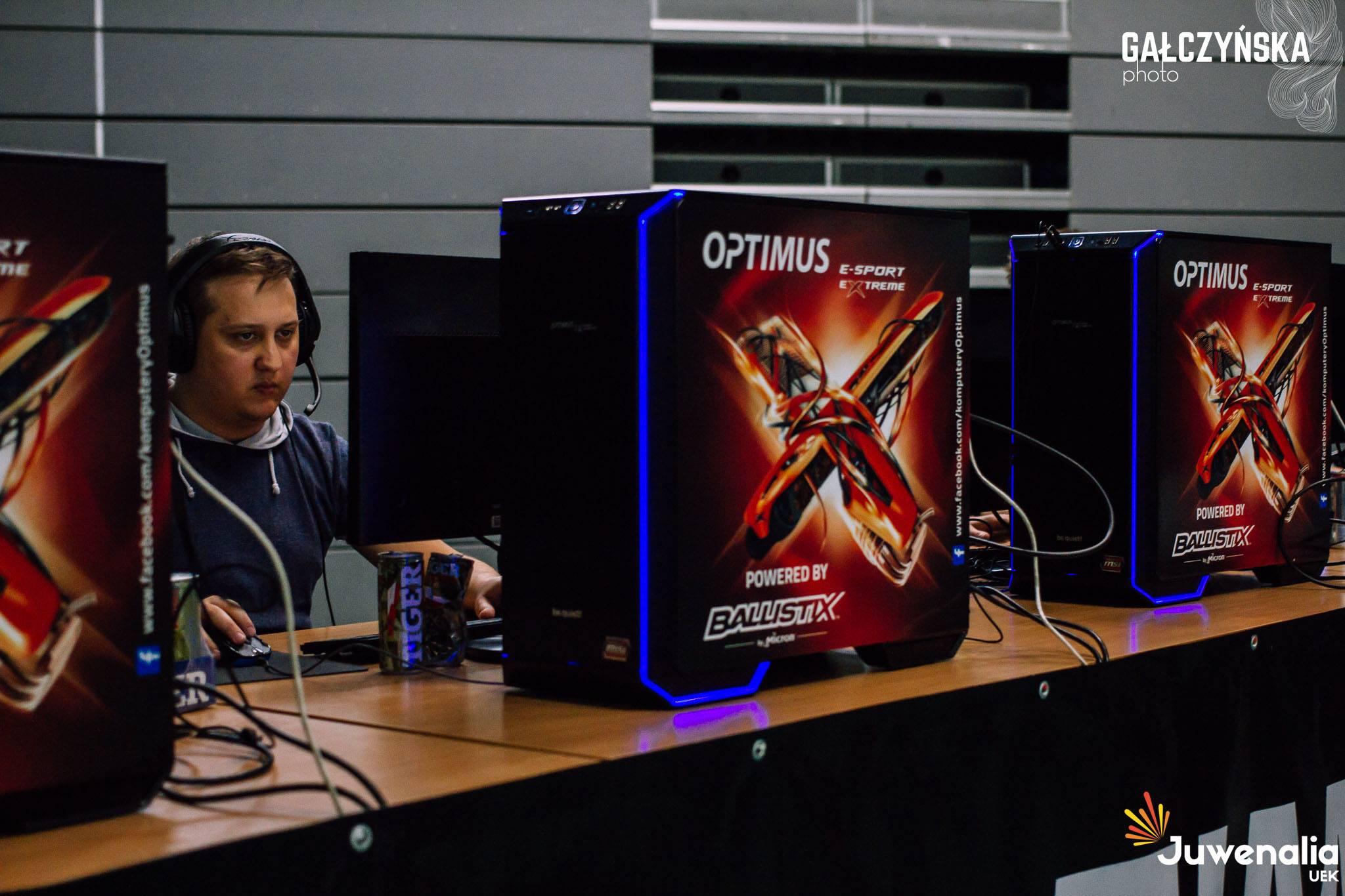 Galczynska Uek Gaming Stage